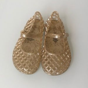 [girls] Old Navy basket weave jelly sandals size 8